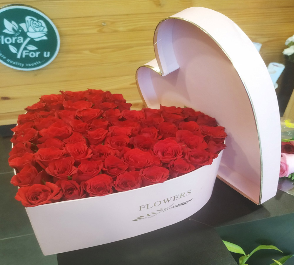 Heart Shape Cardboard Box Bouquet